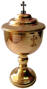 Ciborium: Exquisite Gold Plated Ciborium