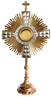 Monstrance: Beautiful Gold Plated Monstrance